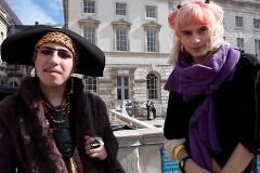 LONDON FASHIONISTAS - LONDON FASHION WEEK 2011