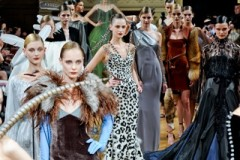 ALEXIS MABILLE - PARIS F/W 2011 HAUTE COUTURE FASHION SHOW