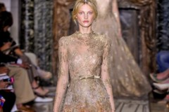 VALENTINO HAUTE COUTURE - PARIS F/W 2011 FASHION SHOW