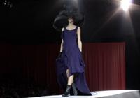 YOHJI YAMAMOTO - PARIS S/S 2012 FASHION SHOW